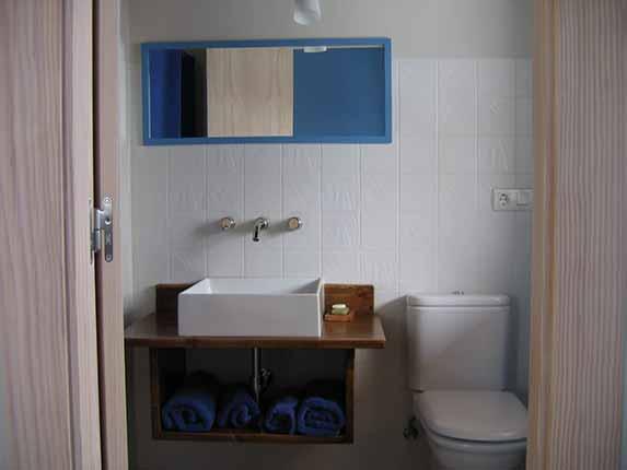 Baño azul planta primera