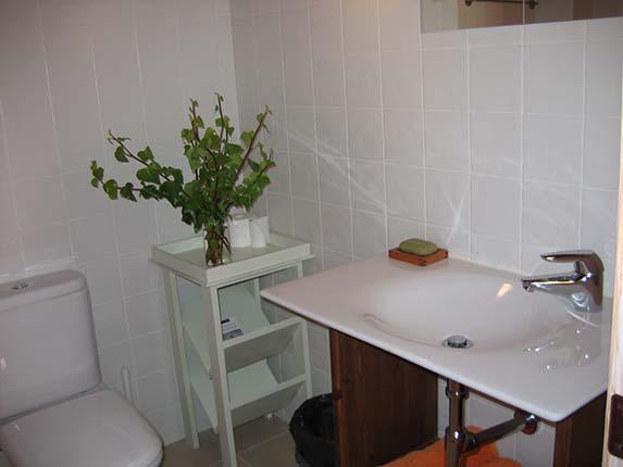 Baño naranja planta primera